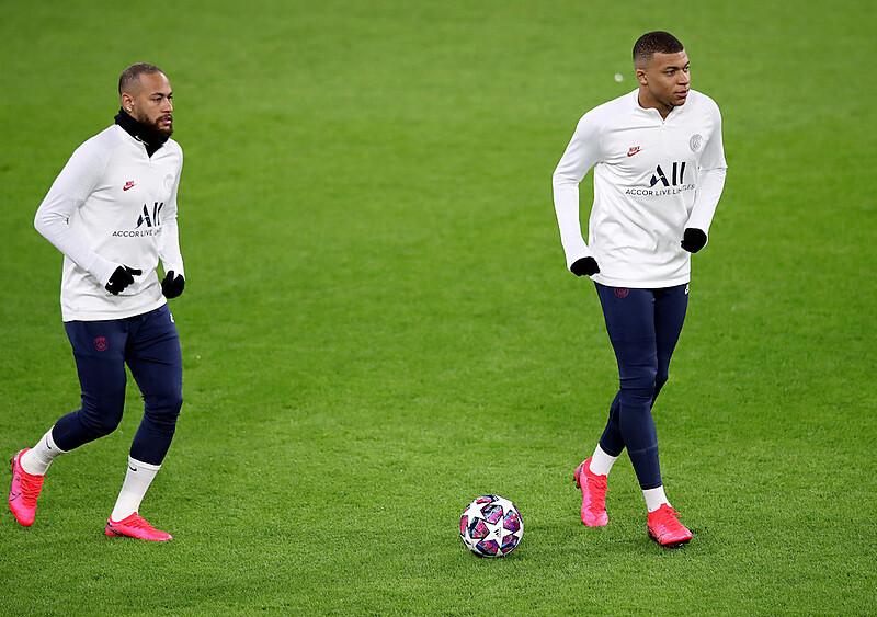 Paryska obsesja na punkcie Ligi Mistrzów. Harlem Globetrotters rusza na podbój Europy