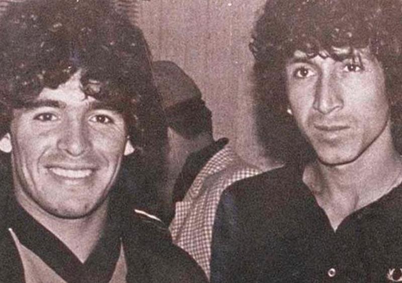 """Maradona był z ziemi, a """"Magico"""" Gonzalez z kosmosu. Realizm magiczny prosto z tawern Kadyksu"""