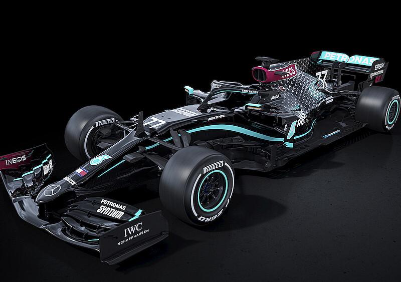 Mercedes będzie się ścigał w nowej, czarnej kolorystyce. To symbol walki z rasizmem