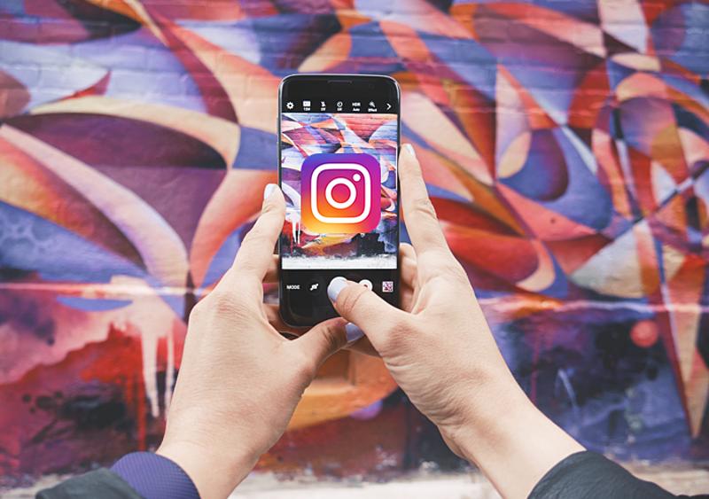 Instagram walczy ze stalkerami i włącza powiadomienia o screenshotach