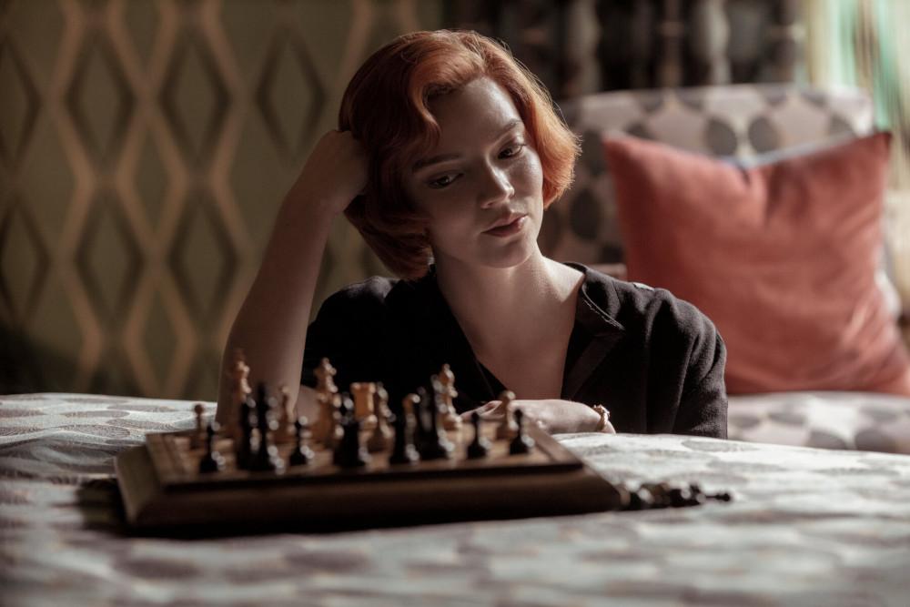 gambit królowej.jpg