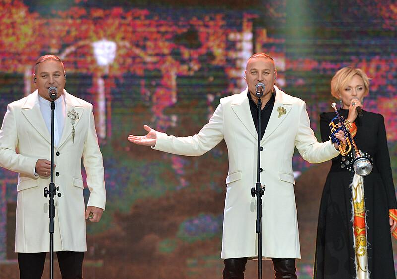 Co tu się wydarzyło? Bracia Golec, Miuosh i discopolowcy dostali miliony z Funduszu Wsparcia Kultury