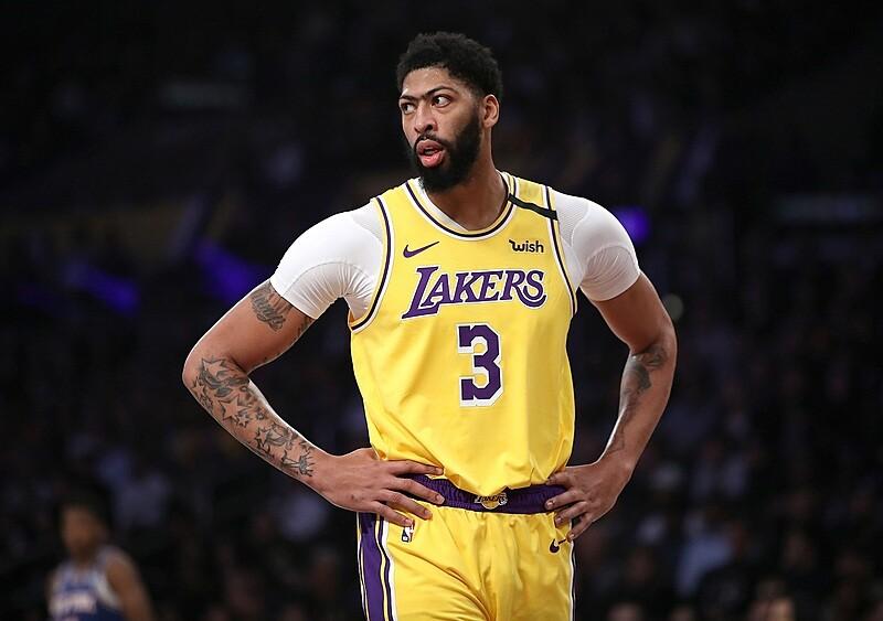 Ruszyło targowisko wolnych agentów w NBA. Dokąd trafią Davis, VanVleet i Ingram?
