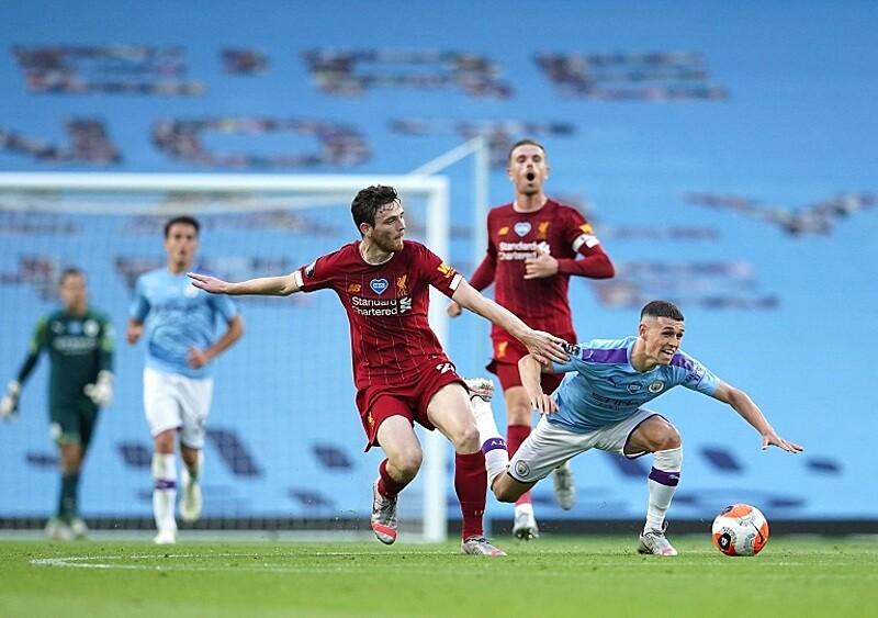 Starcie gigantów w nieodpowiednim momencie. Manchester City i Liverpool ograniczały ryzyko