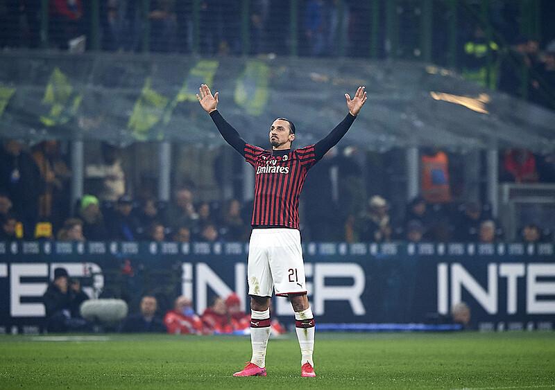Cuda ogłaszają. Zlatan patrzy na wszystkich z góry, a Milan prowadzi w Serie A