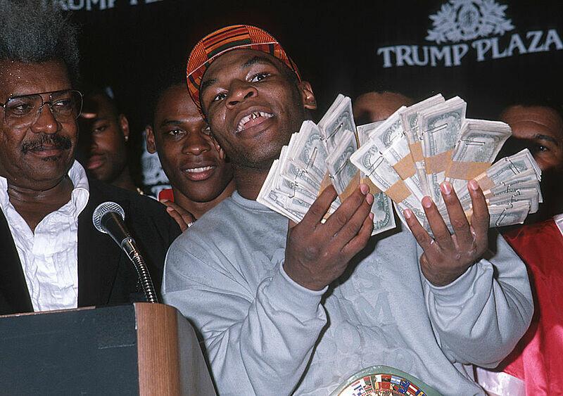 """""""Idę walczyć i mam nadzieję, że on przyjdzie walczyć"""". Mike Tyson wraca i chce to zrobić po swojemu"""