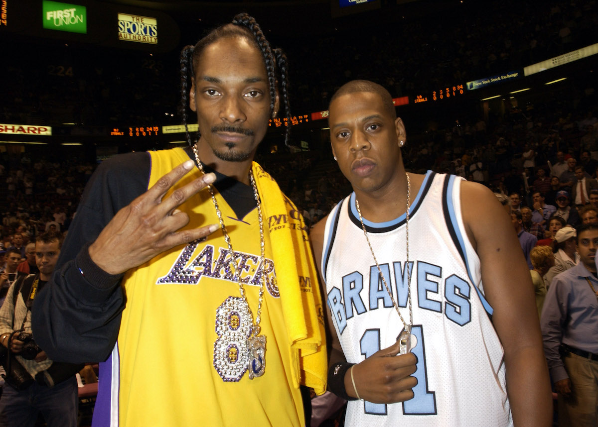 CelebritiSnoop Dogg Jay Zes at Game 4 of the NBA Finals with the Los Angeles Lakers and the New Jersey Nets