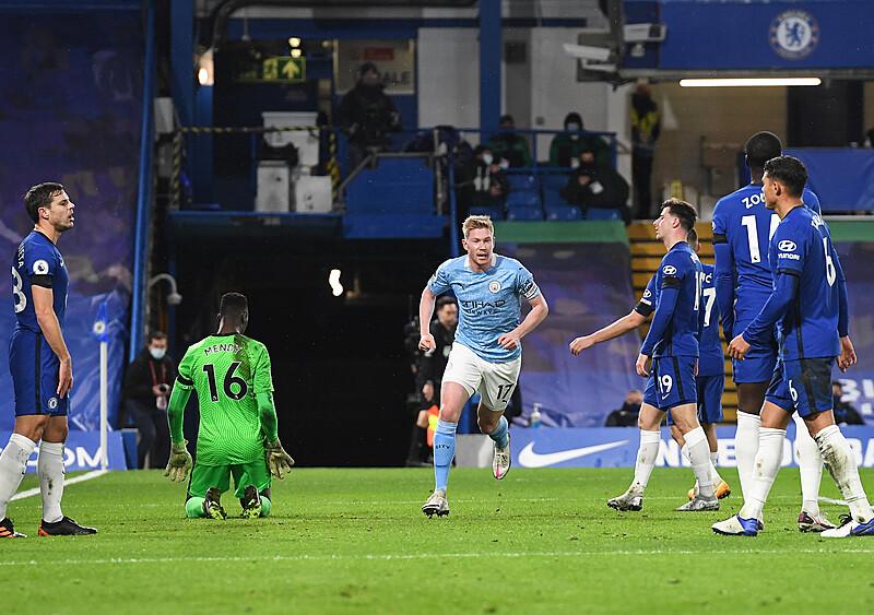 Najgorszy mecz w sezonie Chelsea, najlepszy Manchesteru City. Lampard rozhuśtał cienką linę (KOMENTARZ)