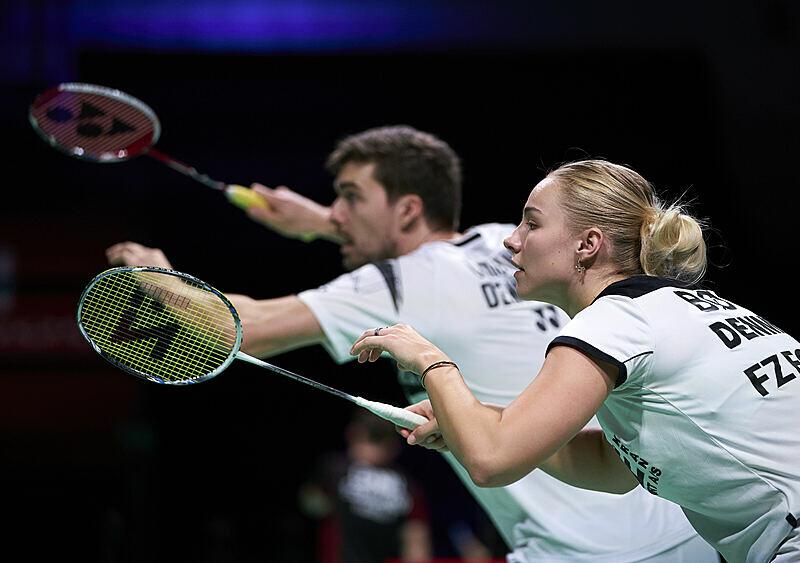 Rozpędzone gęsie pióra. Badminton, czyli szybki sport, który potrafi dać wycisk (WYWIAD)