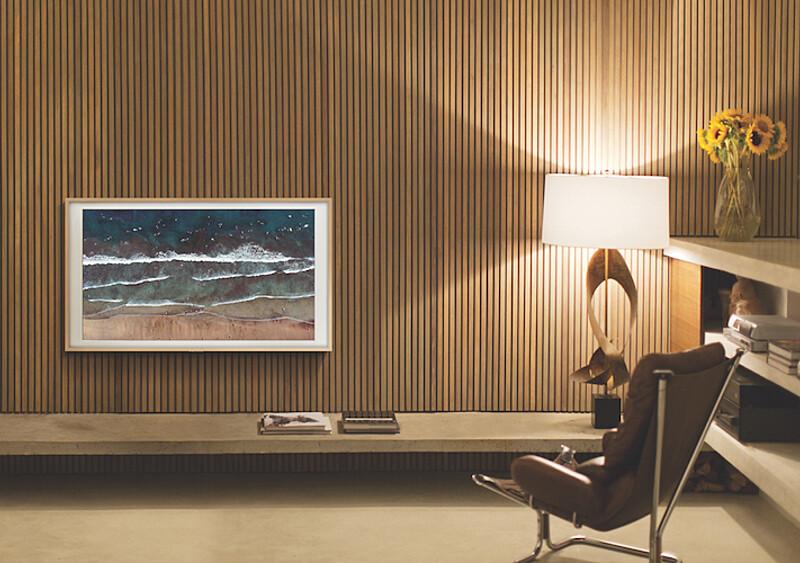 Samsung stworzył telewizor, który na ścianie prezentuje się jak obraz. A Wy możecie wziąć udział w specjalnej wystawie