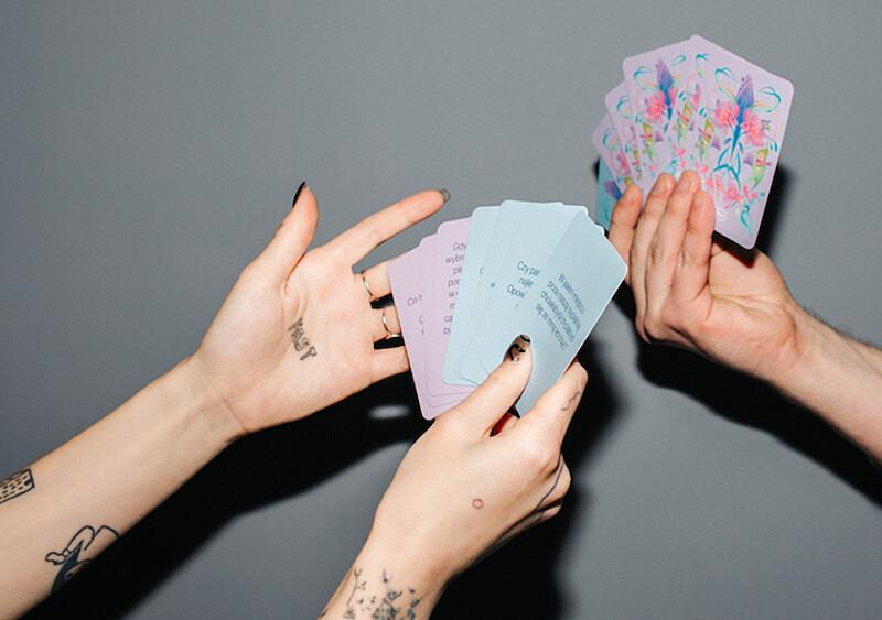 Z okazji Walentynek Durex przygotował zestaw pikantnych kart. Można grać TYLKO we dwoje...