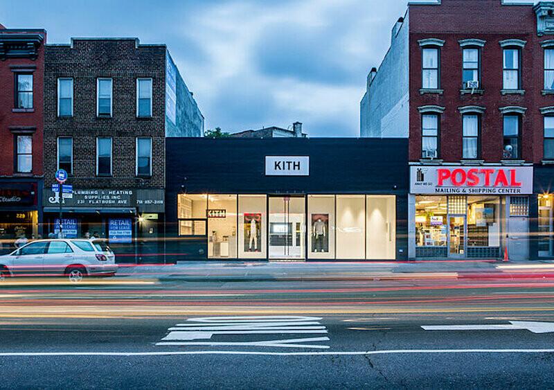 Przewodnik dla początkujących: 5 słynnych sklepów streetwearowych, które warto choć raz odwiedzić