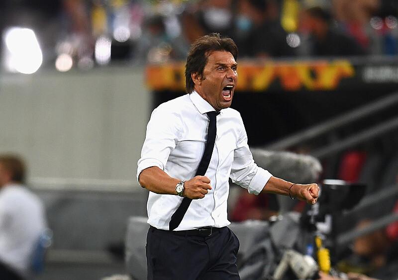 Wirtualni trenerzy w Serie A. Jak tablety i kulki z Football Managera zmieniają grę
