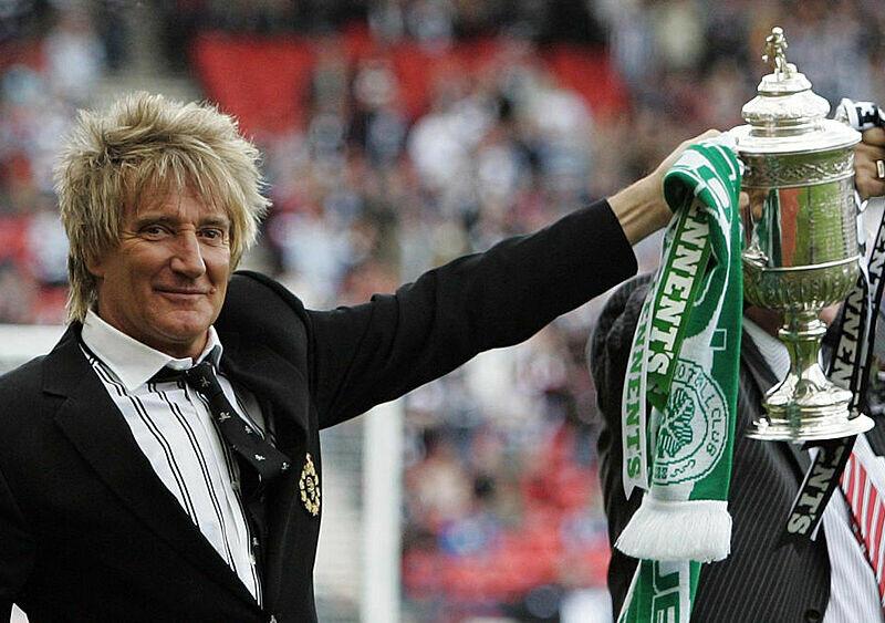 """""""Rozsypcie moje prochy na Celtic Park. A jeśli nie, spuśćcie je w kiblu"""". Rod Stewart – muzyk, który pokochał Celtic Glasgow bardziej niż kobiety"""
