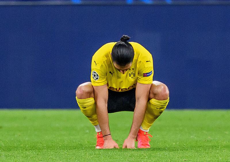 Ręka wyciągnięta do rywala. Borussia Dortmund w jeden wieczór przeżyła cały sezon