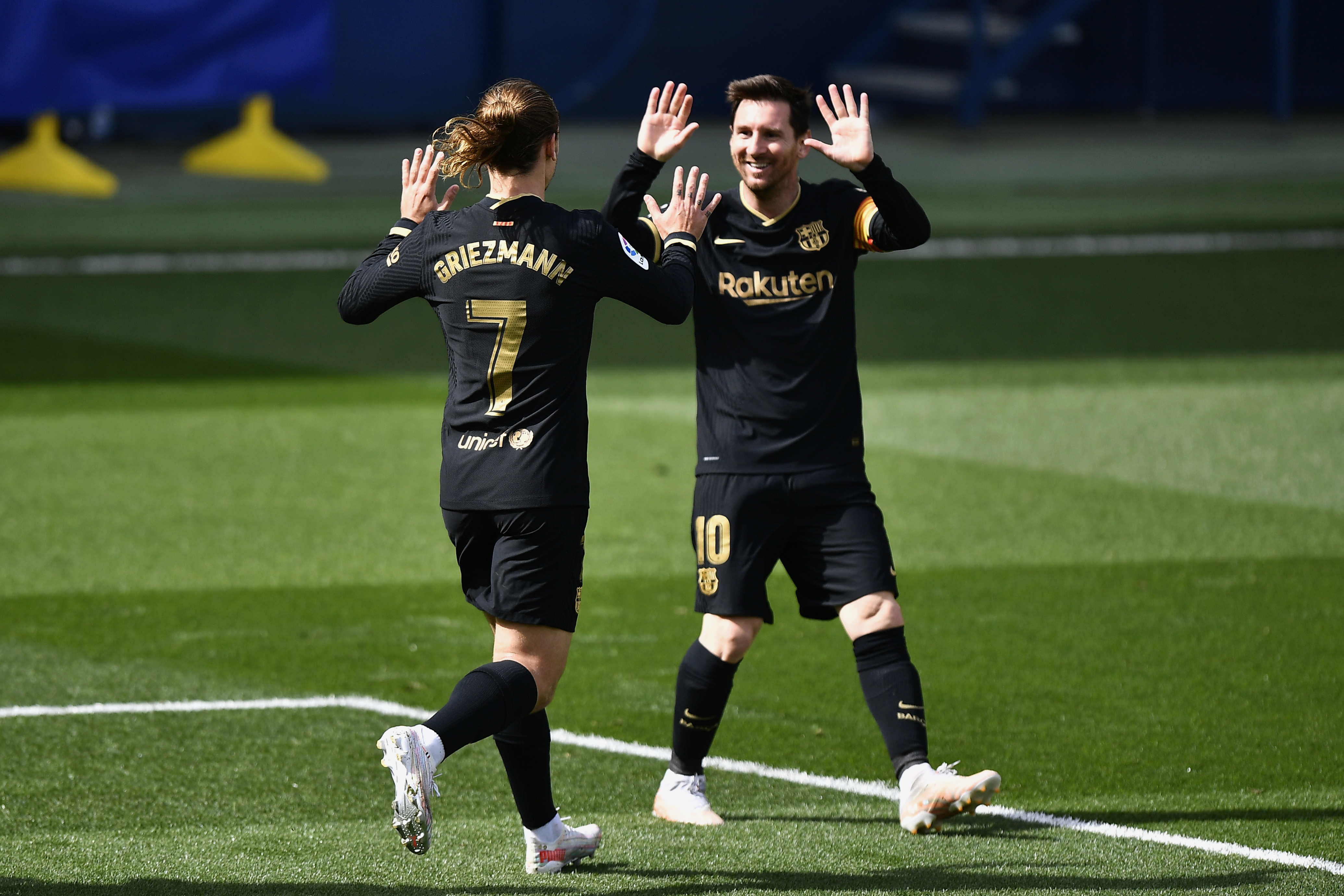 Villarreal CF v FC Barcelona - La Liga Santander