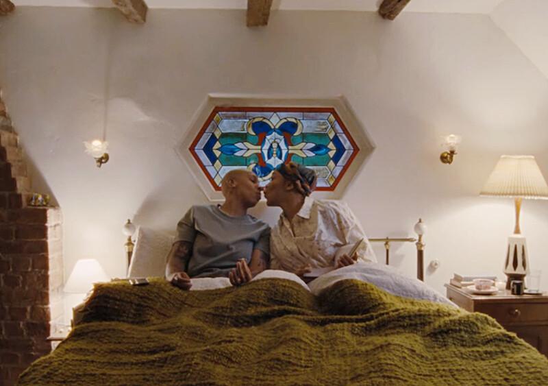 """""""Master of None"""" powróci z trzecim sezonem i opowie miłosną historię. Jest zwiastun!"""