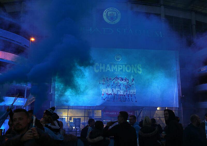 Manchester United potyka się i daje tytuł Manchesterowi City. Jaki to jest mistrz? (KOMENTARZ)