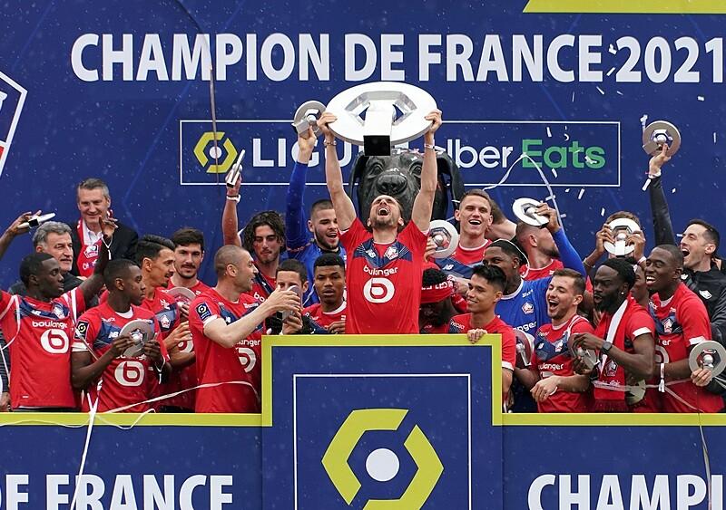 Ile Lille zarobi na transferach? Siedmiu graczy, którzy za chwilę rozpoczną rozbiórkę mistrza Francji