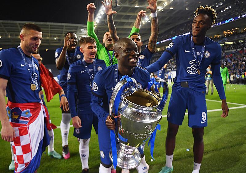 Jesteś piękna jak obrona Chelsea. Triumf ekipy jedenastu N'Golo Kante (ANALIZA)