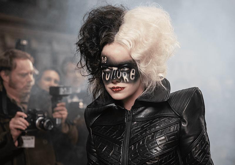 """""""Cruella"""": """"101 Dalmatyńczyków"""", ale to """"Joker"""" (RECENZJA)"""