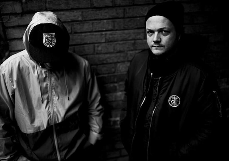 Kojarzycie PAL SECAM? To jeden z najciekawszych duetów rapowych w Polsce. Pomogły mu... Sistars