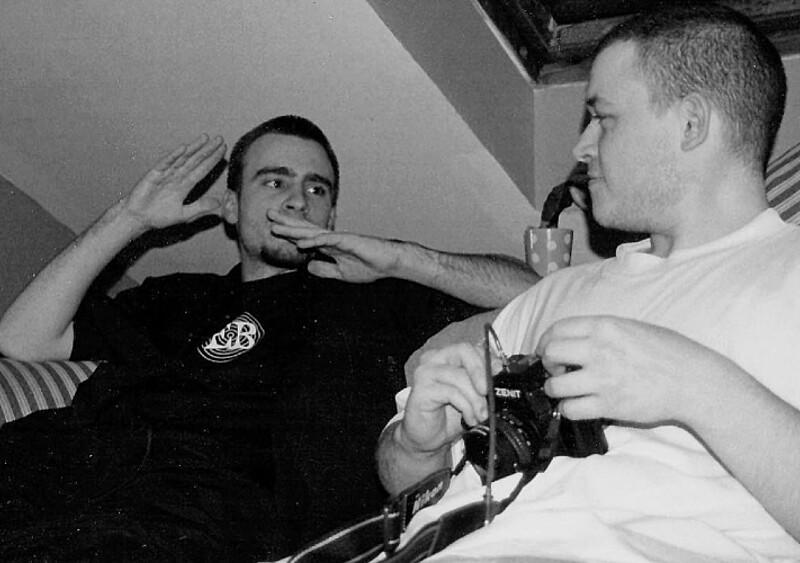 Album Polepione dźwięki Fisza skończył 20 lat. Porozmawialiśmy z osobami, które go współtworzyły