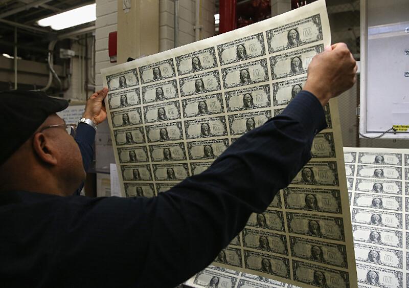 Badania naukowców udowodniły, że pieniądze jednak dają szczęście. Nie może być!