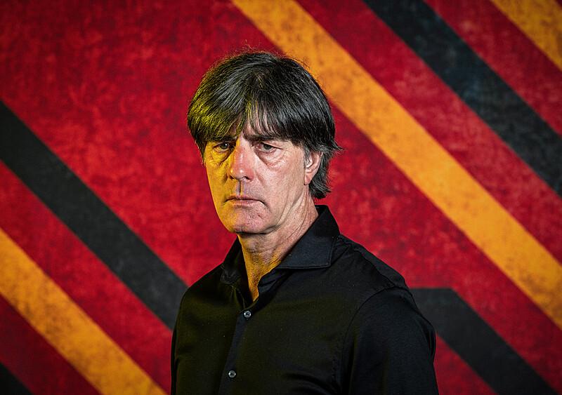 """Turniej w klimacie """"last dance"""". Joachim Loew gra o ocalenie swojego pomnika"""
