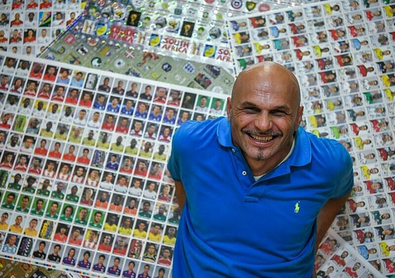 Największy kolekcjoner Panini na świecie. Trzy miliony naklejek i czek bez realizacji. Poznajcie Gianniego
