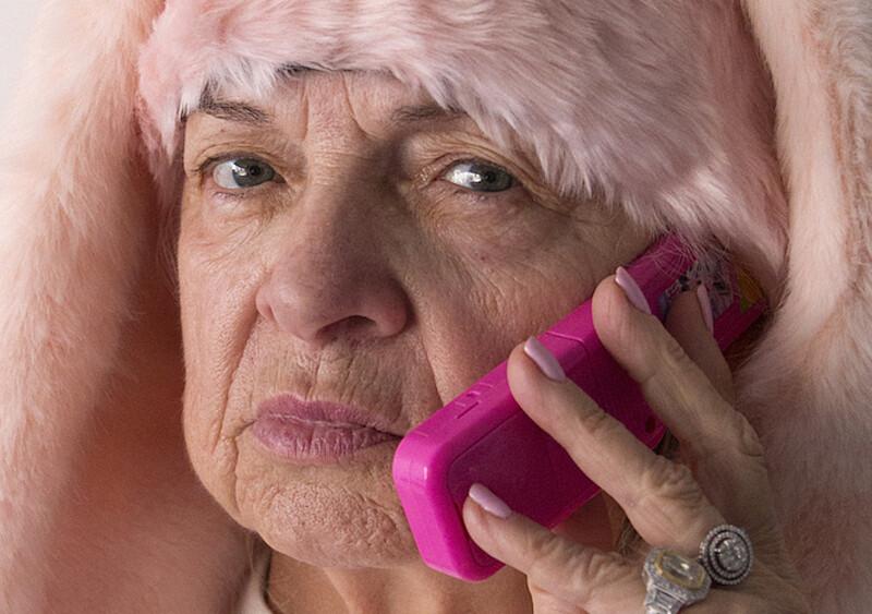 Seniorzy na TikToku to movement. Kogo szczególnie warto obserwować?