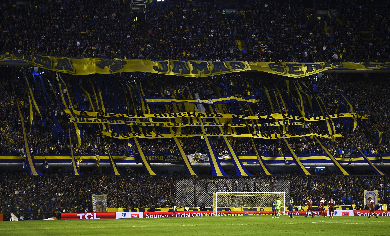 Boca Juniors v Argentinos Juniors - La Bombonera