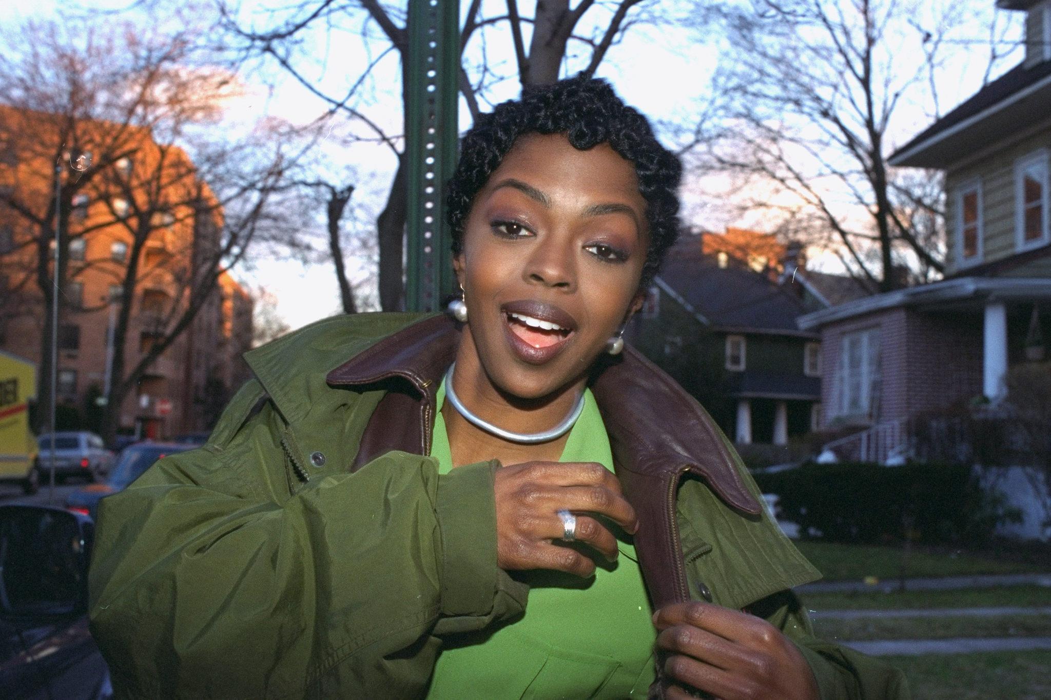 "Fugees' lead singer Lauryn Hill during ""Killing Me Softly"" v"
