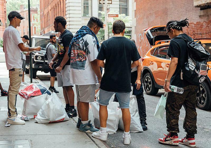 Kilka przykładów tego, jak marki streetwearowe angażują się w projekty ekologiczne