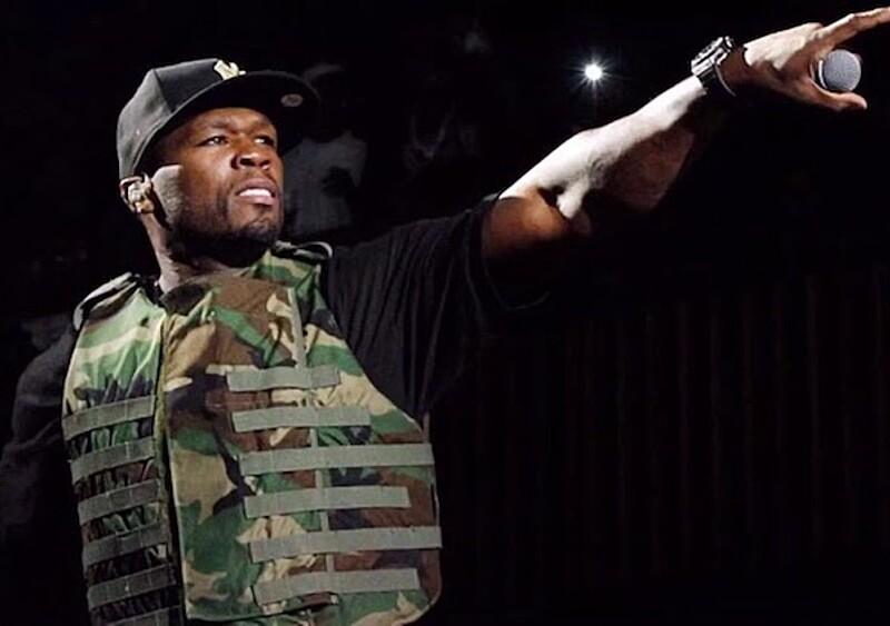 Nowojorscy policjanci dostali pozwolenie na strzelanie do 50 Centa? Raper boi się o swoje życie